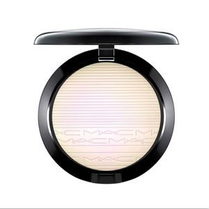 BNIB MAC Extra Dimension Skin Finish In Soft Frost